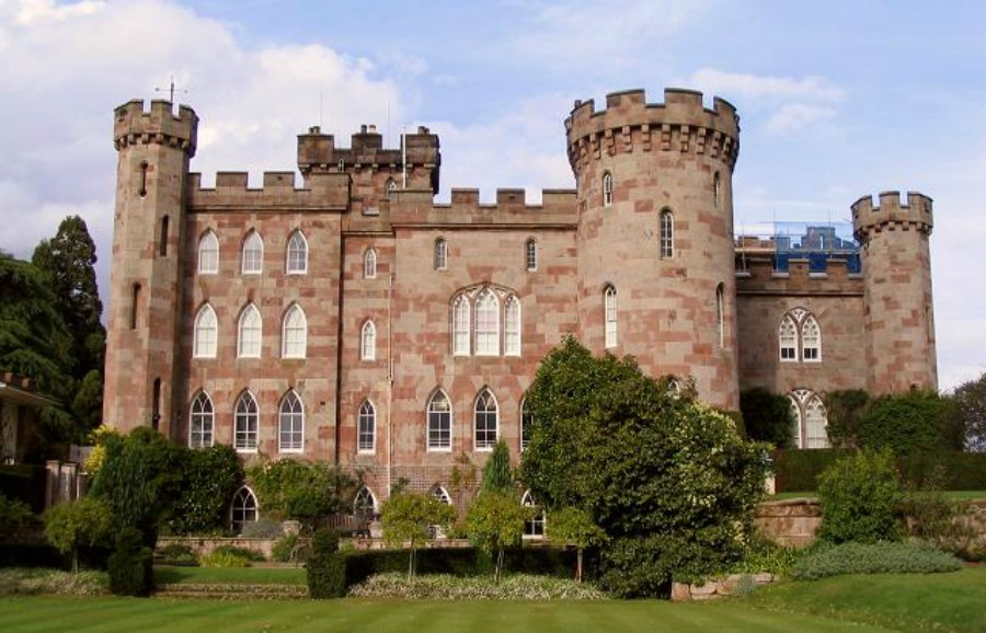 Cholmondeley Castle Memory Walk
