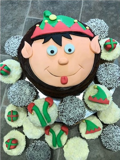 Elf Day baking