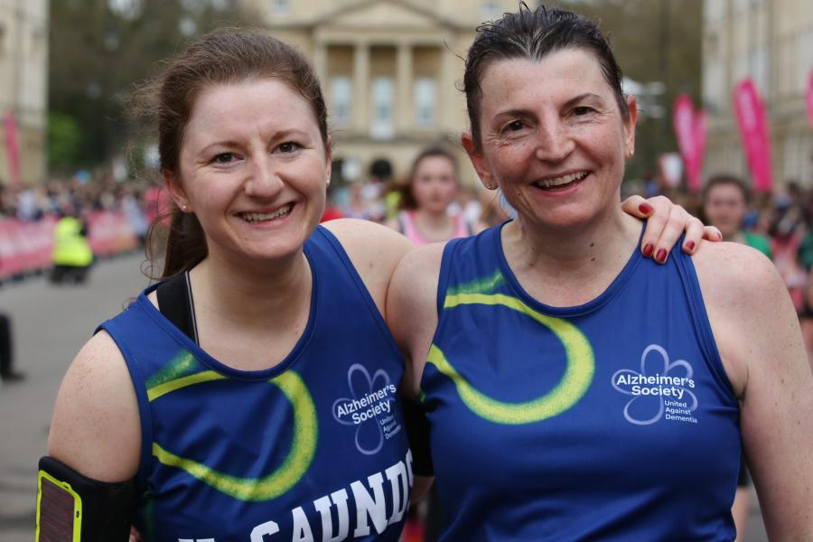 Image of two runners for the Yorkshire 10 Mile webpage