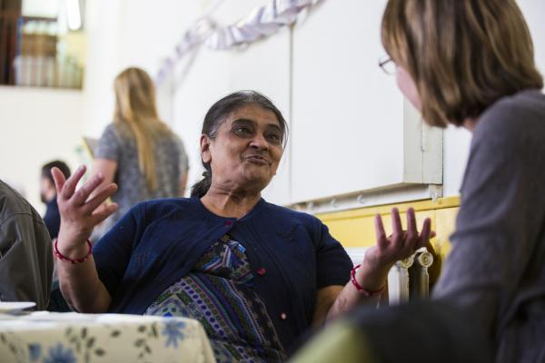 A woman volunteering at one of our dementia services