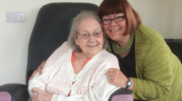 Michelle Pease and her late mum Dorothy